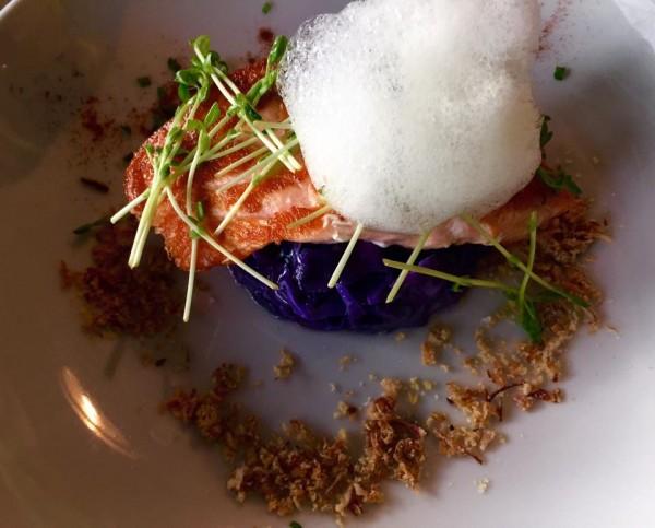 saumon-snacke-dejeuner-restaurant-moncoeur-belleville