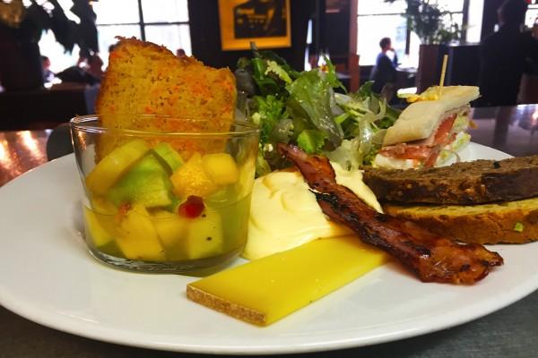 brunch-restaurant-moncoeur-belleville-paris