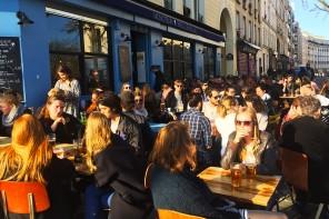 Happy hour and beautiful Parisian terrace