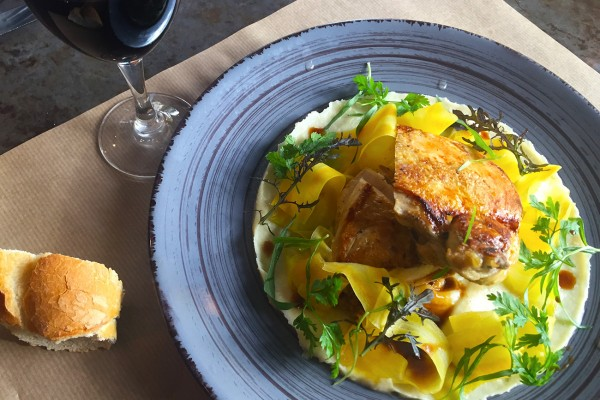 belle-volaille-carottes-sucrees-salees-moncoeur-belleville-restaurant