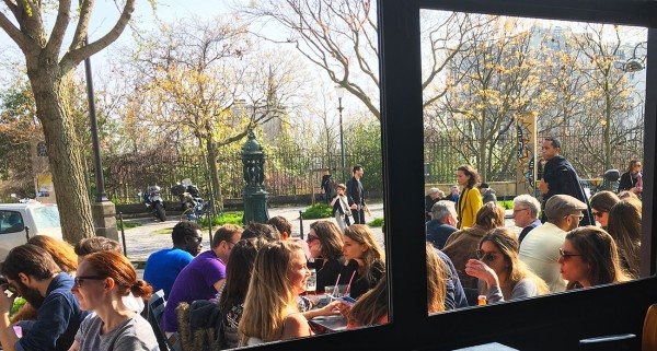 dejeuner-midi-terrasse-restaurant-moncoeur-belleville