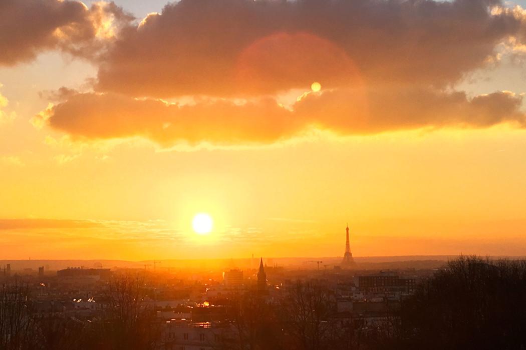 34c891703c17ea Coucher de soleil au dessus de Paris   moncoeurbelleville