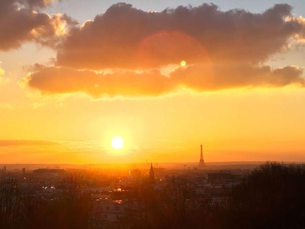 coucher-soleil-terrasse-moncoeur-belleville-restaurant-paris-axelle