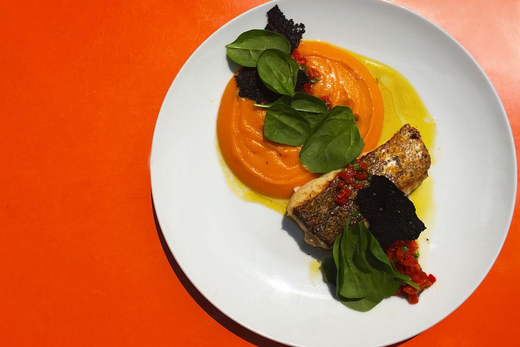 merlu-snacke-puree-patate-douce-restaurant-moncoeur-belleville