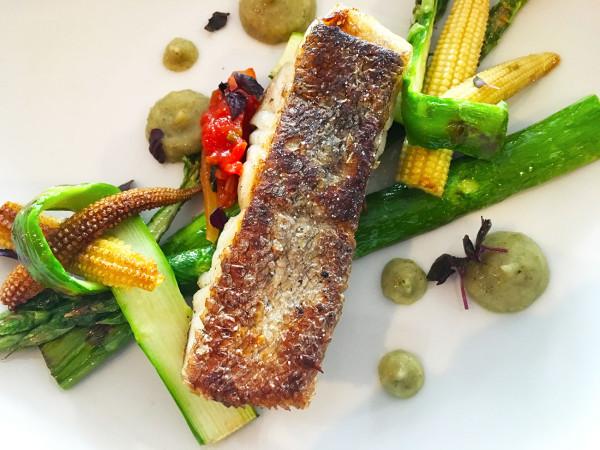 poisson-asperges-formule-dejeuner-restaurant-paris-moncoeur-belleville