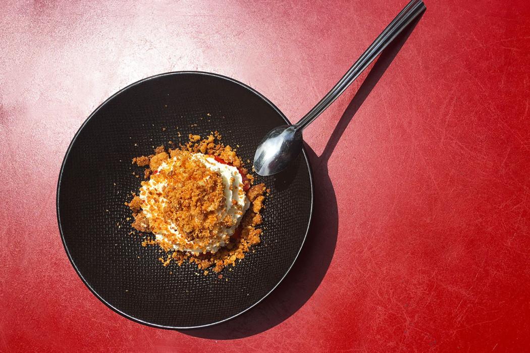 crumble-fraises-restaurant-paris-moncoeur-belleville
