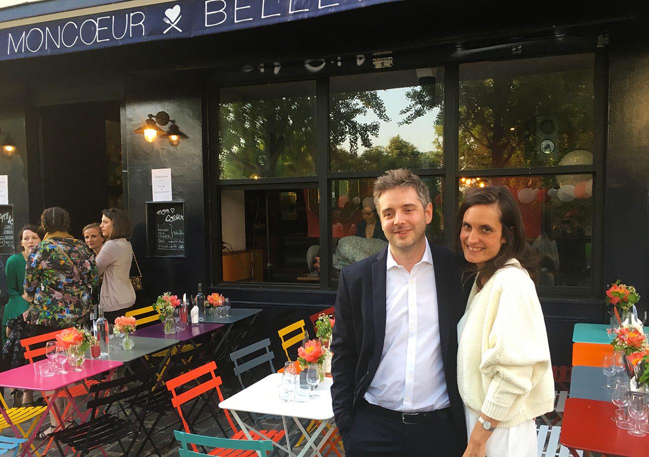 mariage-terrasse-paris-restaurant-moncoeur-belleville-perrine-xavier-jeunes-maries