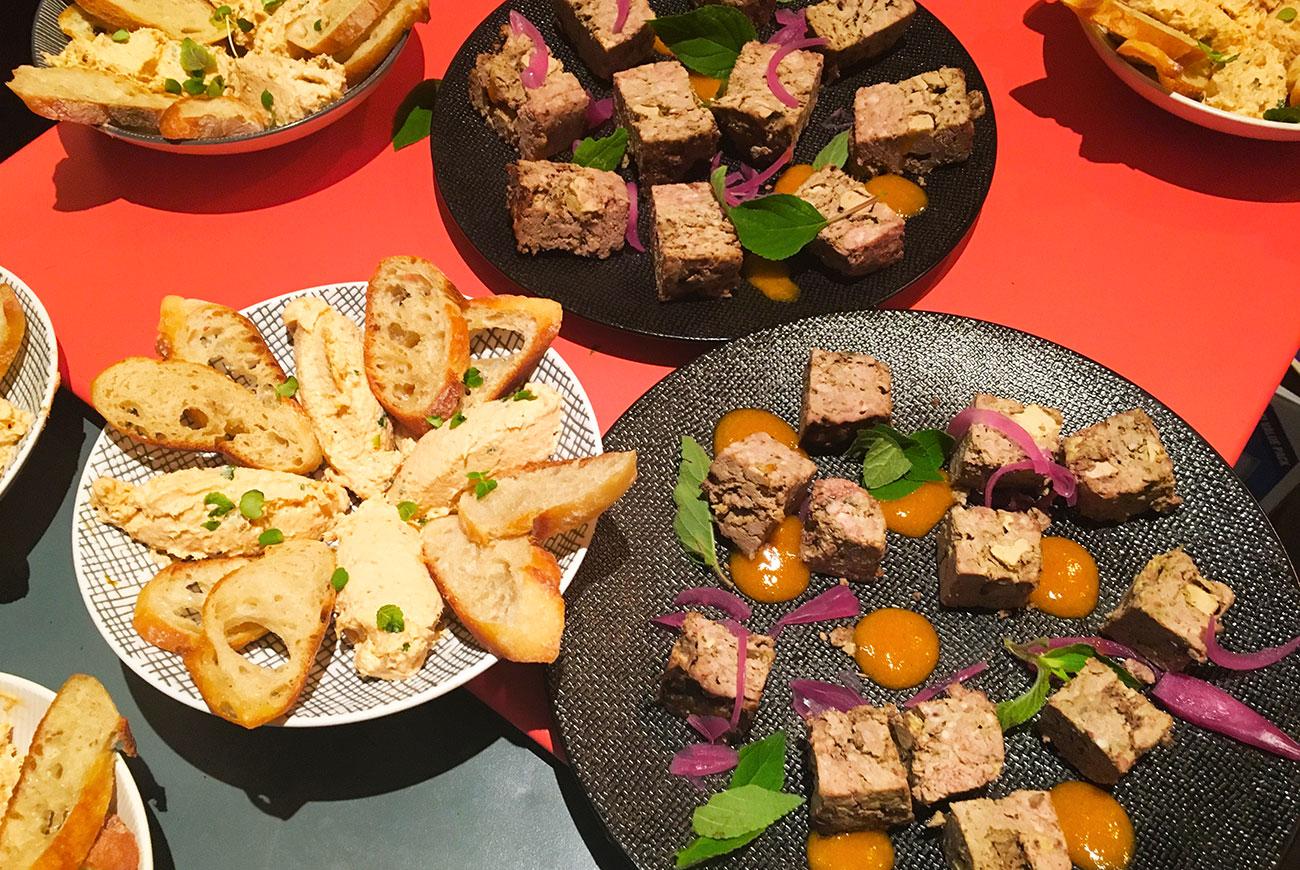 mariage-terrasse-paris-restaurant-moncoeur-belleville-perrine-xavier-tartines